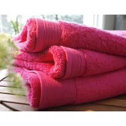Plain fuchsia shower sheet...